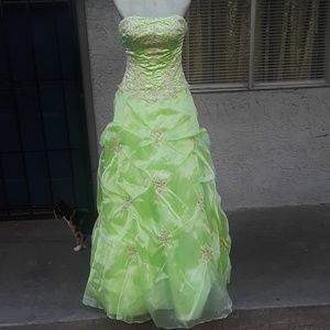 Dresses & Skirts - LIME GREEN GOWN